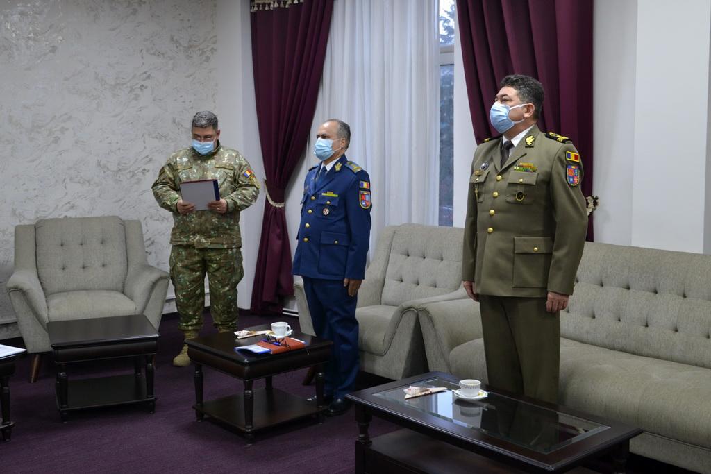 beneficiile întâlnirii unui om militar puteți avea încredere în întâlniri online